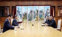Αιφνιδιαστική συνάντηση, σήμερα, των ηγετών των δύο κορεατικών κρατών